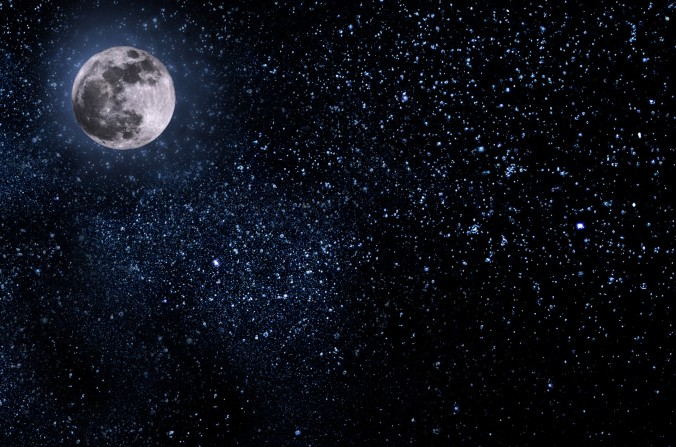 nightly-sky-with-large-moon.jpg